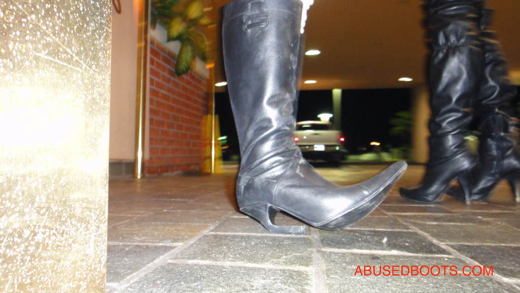 Abused shoes and boots fetish pics